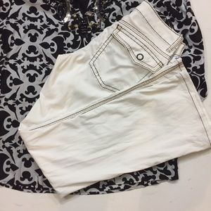 🛑SOLD🛑 Cache Couture Collection White Pts/ Jeans
